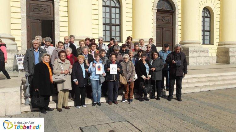 Debreceni kiránduláson vettek részt a Nyíregyházi Szociális Gondozási Központ klubtagjai