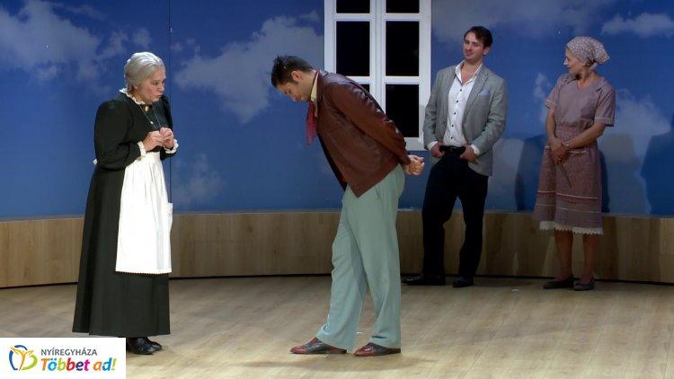 Szombaton mutatják meg a Mesél a bécsi erdő előadást a Móricz Zsigmond Színházban