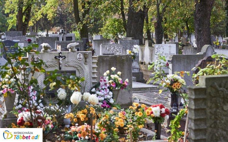 Már most megnövekedett forgalomra kell számítani a temetőkben és környékükön!