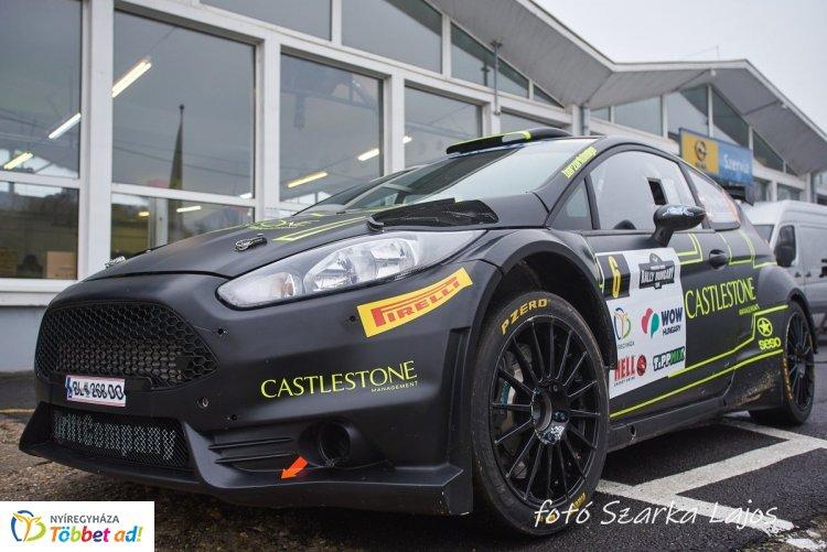 Több mint 120 versenyző, legalább 30 R5-ös autó vesz részt a hétvégi Rally EB futamon