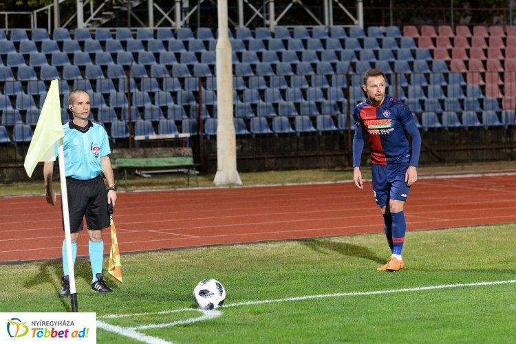Svedyuk bomba, Jova találat, Szekszárdi fejes - három gólt lőtt a Szegednek a Szpari