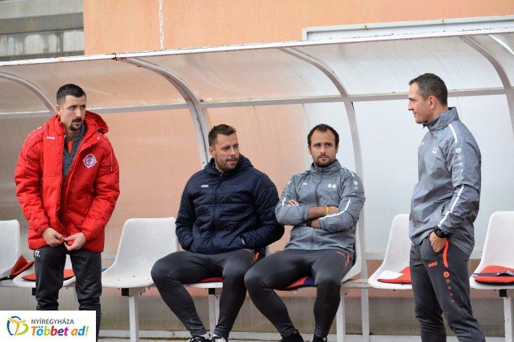 Lengyel Roland marad a vezetőedző a Szparinál - Csernyijenkó a második csapatnál