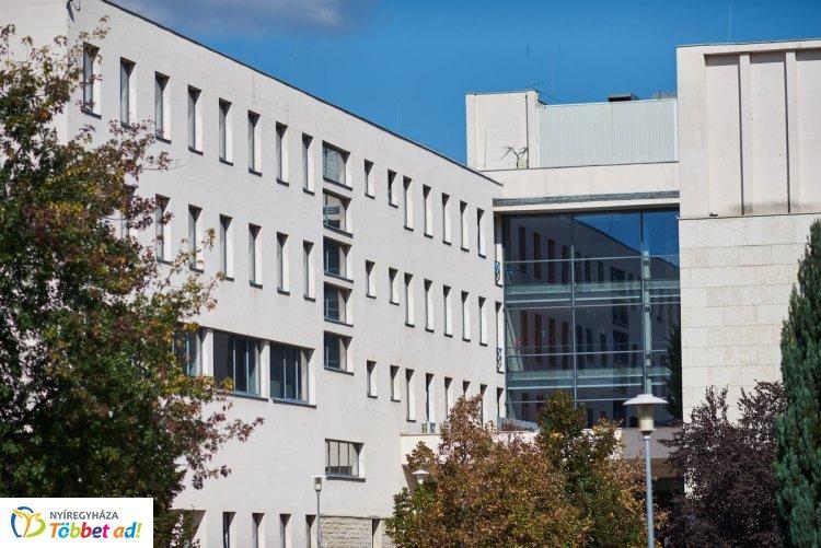 Folytatódik a  Könyvtári teadélután a Nyíregyházi Egyetemen