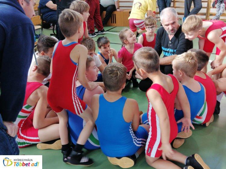 Országos versenyeken a birkózók - jól szerepeltek a Nyírsport SE fiataljai