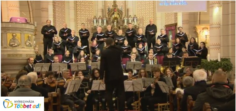 Városi Karácsonyi Koncert a Római Katolikus Társszékesegyházban