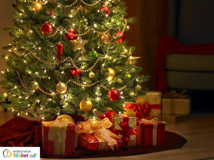 Varázslatos Karácsony  -  kiállítás a városháza dísztermében