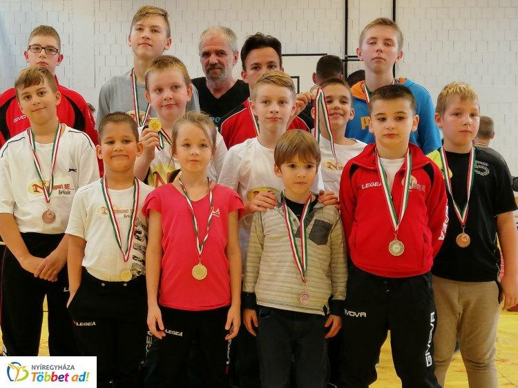 Kabán a birkózók - évzáró versenyen a Nyírsport SE fiataljai