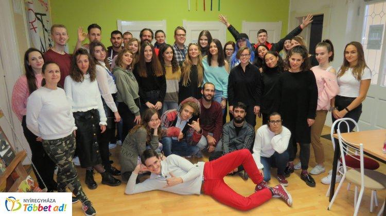 Média és ifjúság – 35 fiatal gyűlt össze Európa különböző részeiről Nyíregyházán