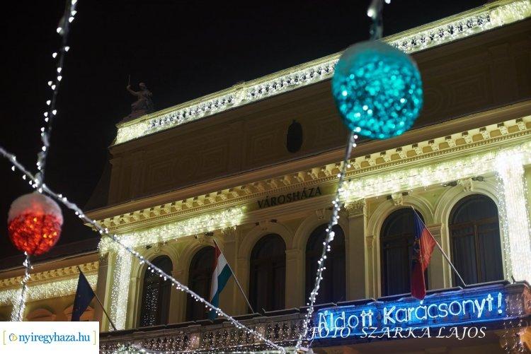 Nyíregyházi Advent - folytatódnak a színes programok a Kossuth téren