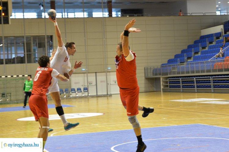 Vereség Algyőn - a második félidő döntött a kézilabdások meccsén