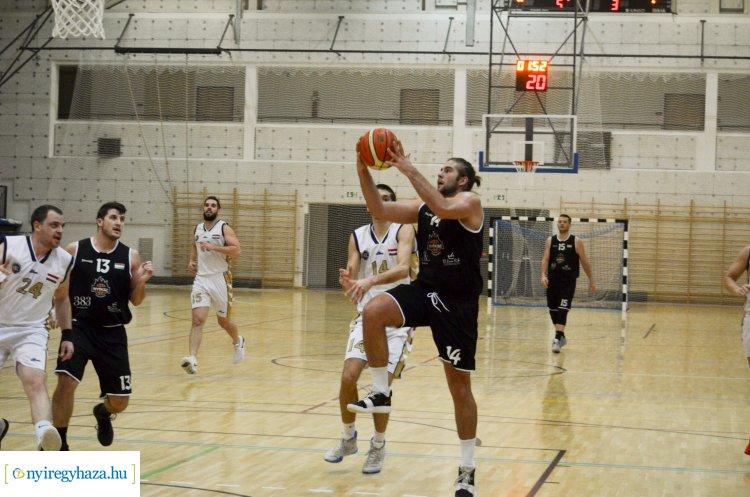 Győzelem idegenben - Kiskunfélegyházán játszott a NYÍKSE a kosárlabda NB-II-ben