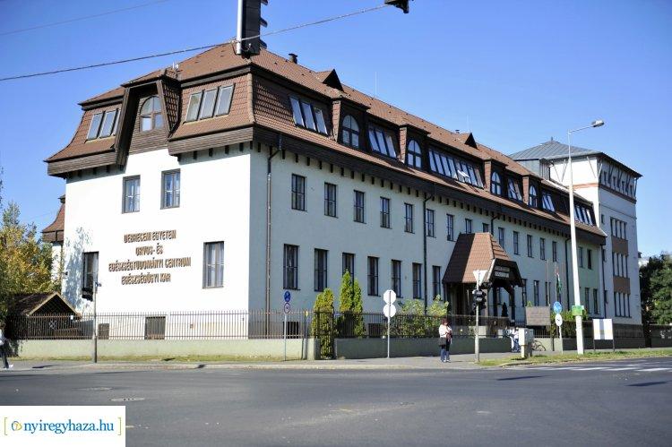 Nyílt napot tartottak a Debreceni Egyetem Egészségügyi Karán