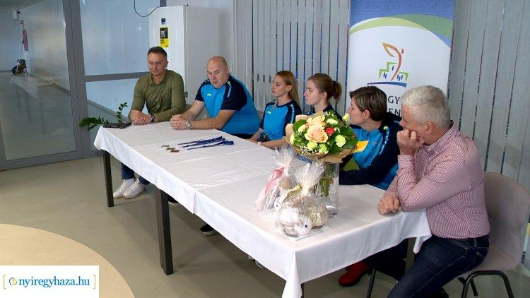Országos bajnok lett Szurovcsják Ivett, legyőzte Hosszú Katinkát és Jakabos Zsuzsannát