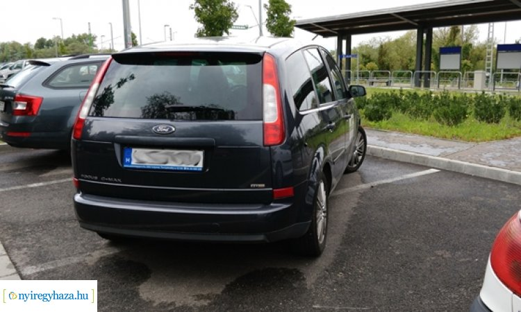 Pofátlanul parkolók: jön a büntetés - Akár ötvenezer forintjukba is fájhat