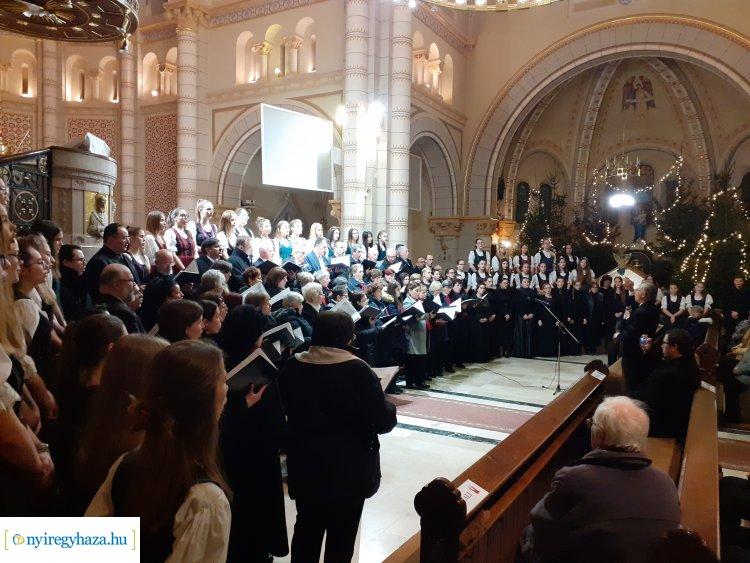 Megható pillanatok – Emlékhangversenyen emlékeztek Tarcai Zoltánra Nyíregyházán