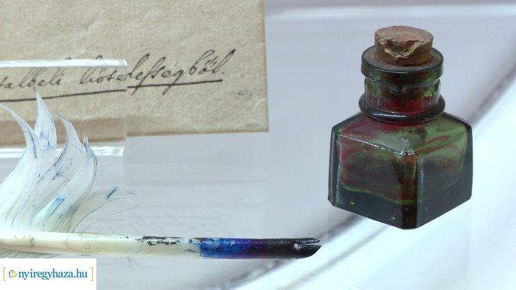Különlegességek! Kettős kiállításmegnyitót tartottak a Jósa András Múzeumban