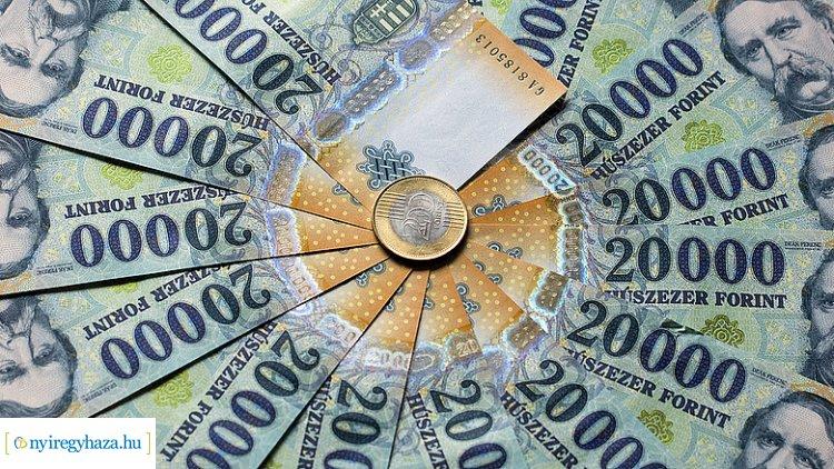 Ön mit tenne, ha a gyöngyöspatai asszony helyében lenne és nyerne 25 millió forintot?