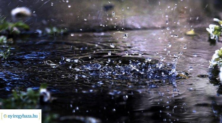Esős, viharos időre kell számítani – A héten legyen esernyő is a táskájukban!
