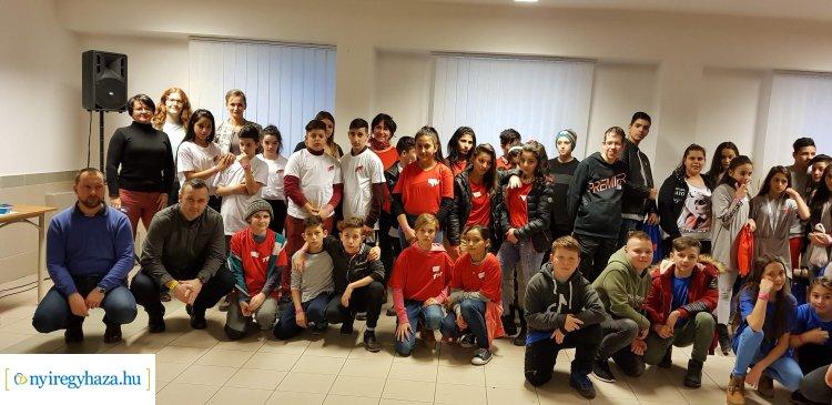 Sikeresen zárult a Tanítsunk Magyarországért program téli tábora