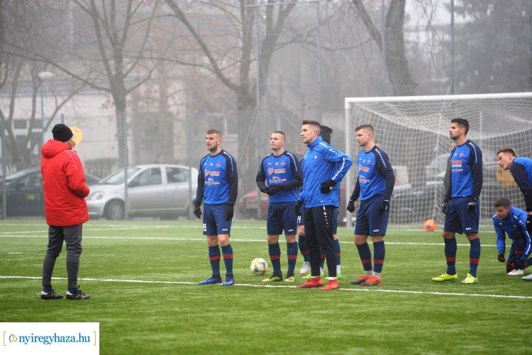 Főszerepben a fiatalok - több mint tíz saját nevelésű játékos a Szpari felnőtt csapatánál