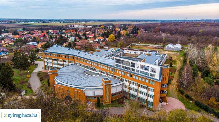 A Műszaki és Agrártudományi Intézet új épülete - Megérdemli a figyelmet