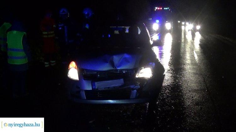 Két személygépkocsi ütközött a 4911-es számú főúton, jelentős az anyagi kár
