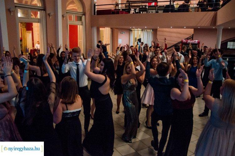 Pezseg a nyíregyházi diákélet – A fiatalok még több rendezvényt szeretnének