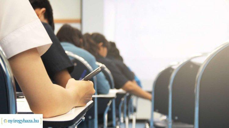 Javultak a felsőoktatásba készülő diákok esélyei – Fokozatosan nőnek az ösztöndíjak is