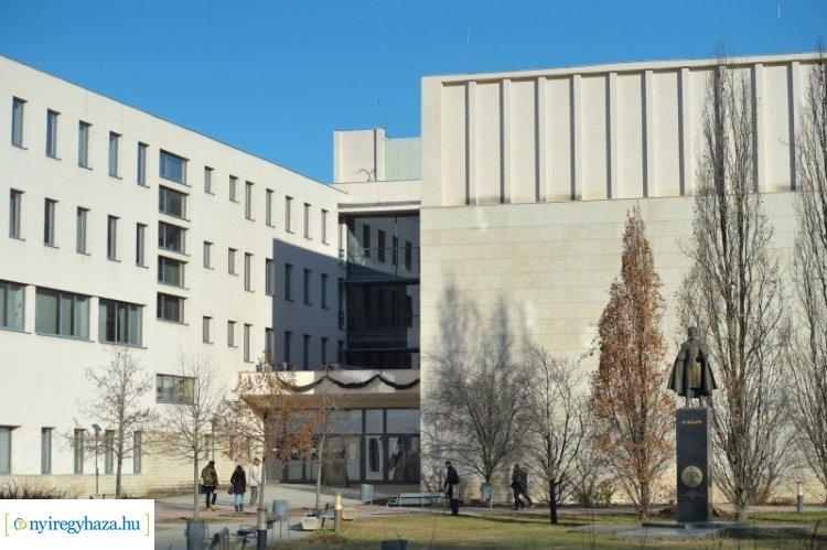 Könyvtári teadélután - folytatódik a programsorozat a Nyíregyházi Egyetemen