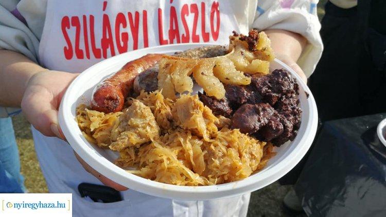 Toroskáposzta, tepertő, hurka, kolbász - Hagyományos ételek a Disznótoros Fesztiválon!