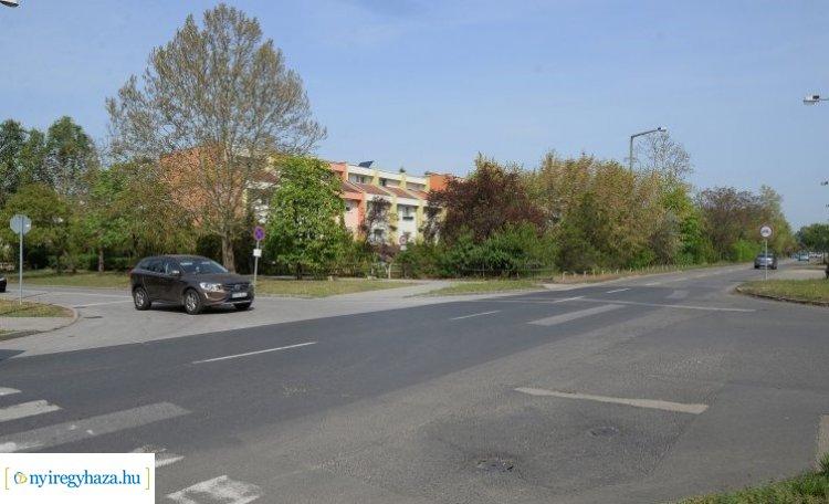 """Dr. Kovács Ferenc: """"Megépítjük a körforgalmat a Korányi Frigyes utcán!"""""""