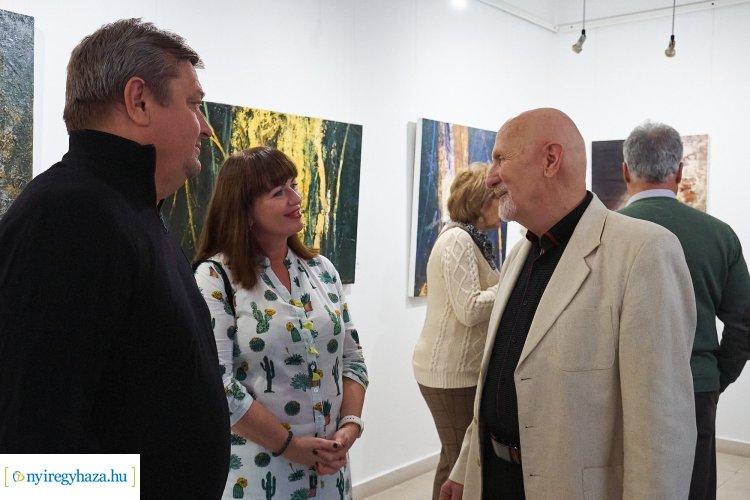 12+12 festmény – Április 4-ig látogatható Madarassy György tárlata a Pál Gyula Teremben