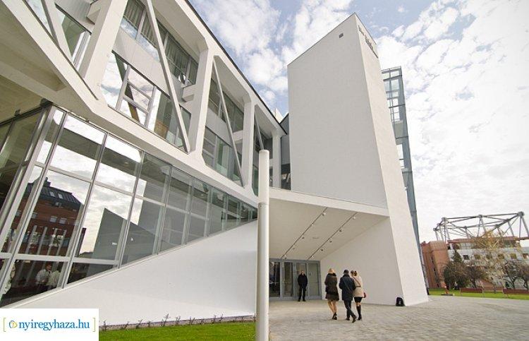 Váci Mihály Kulturális Központ – Listán a márciusban elmaradó rendezvények