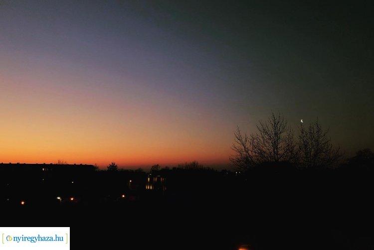 Olvasói fotók – Ma hajnalban 4 bolygó együttállását lehetett látni Nyíregyházáról!