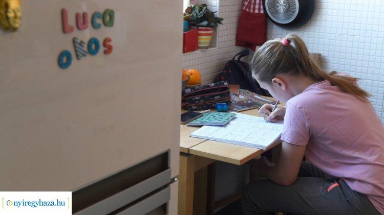 Újabb tananyagok segítik a digitális oktatást – Kattintson a részletekért!