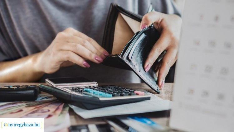 Pénzügyi tanácsadó: aki teheti, továbbra is a megszokott módon fizesse hitelét