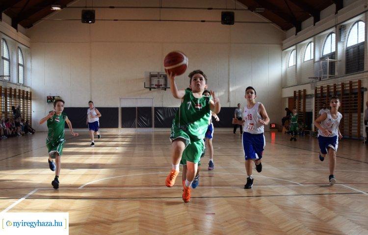 Mindent megteszünk, hogy egyben tartsuk csapatainkat - Egyeztettek a kosárlabda edzők