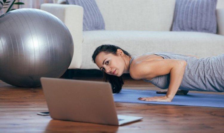 A koronavírus idején se mondjunk le az edzésről – Maradjunk fittek otthon is!