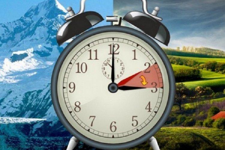 Megkezdődött a nyári időszámítás - Éjjeli 2-kor 3 órára kellett állítani az órákat