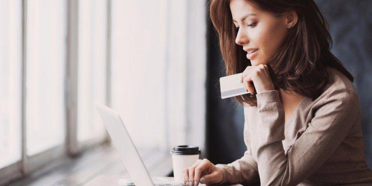 Így lehet bankolni a kijárási korlátozások alatt – Hasznos tanácsok