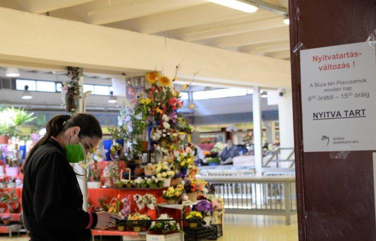 Jó hír: meghosszabbították a Búza téri piac nyitvatartási idejét!