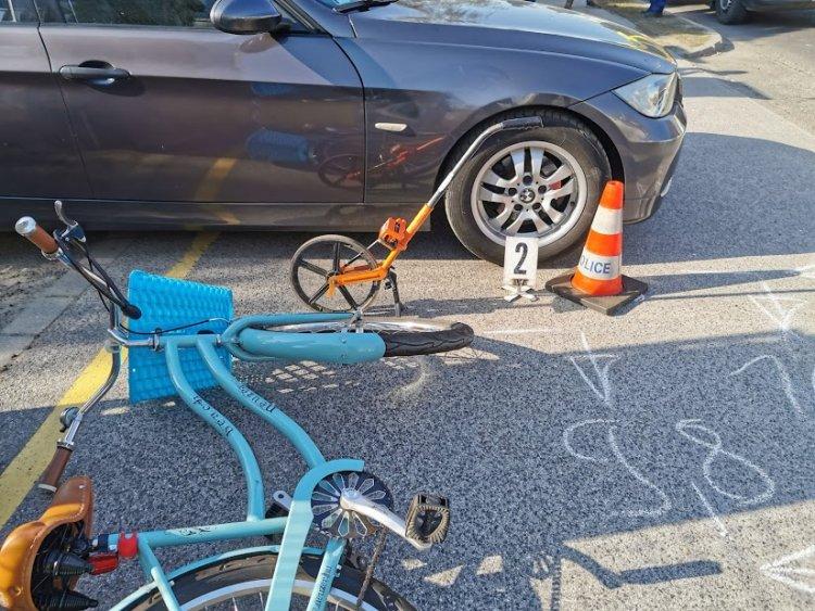 Kerékpáros baleset a Vasgyár utcán - Kórházba kellett szállítani a sérültet