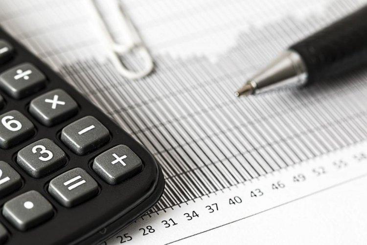 Újabb gazdaságvédelmi intézkedés: gyorsabban utalja ki az áfát az adóhivatal