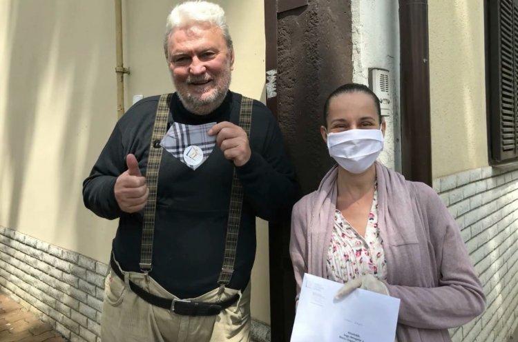 Kuthy Patrícia és Illyés Ákos már útra keltek a Móricz Zsigmond Színház védőmaszkjaival