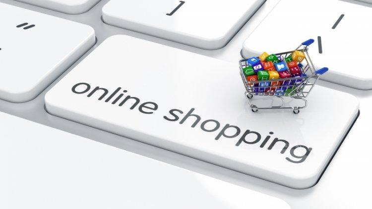 Népszerűbb az online vásárlás – Ugyanakkor még mindig sokan tartanak a visszaélésektől