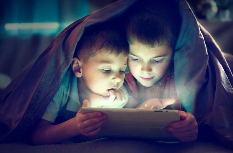 Nyíregyházi gyermekpszichológus válaszol: veszélyes-e a digitális világ a kisgyerekekre?