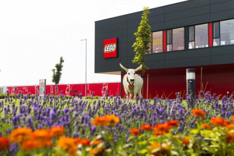 Az ország legvonzóbb munkahelyévé választották a nyíregyházi LEGO gyárat