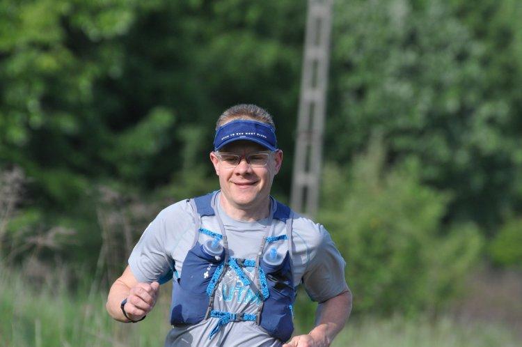 75 km futás terepen, kevesebb mint 7 óra alatt - Nyíregyházi futó az új rekorder!
