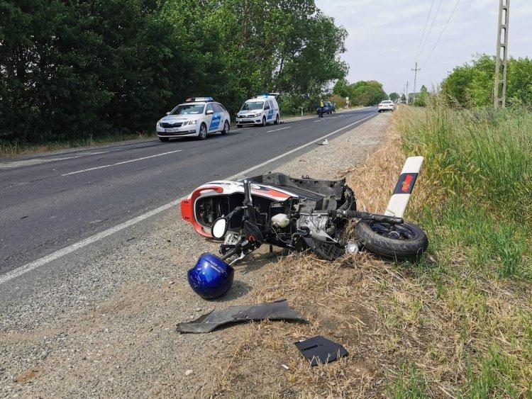 Friss! Tragédia is történhetett volna – Súlyos motoros baleset a 41-es főúton