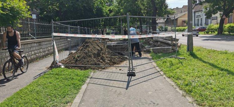 Karbantartások a Bethlen Gábor utcán - Több helyen korlátozták a forgalmat